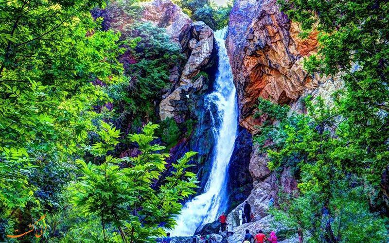 آبشار شلماش در سردشت، منطقه ای بکر برای فرار از گرمای تابستان