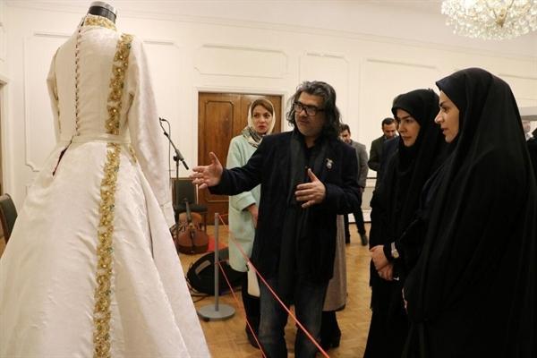 نمایشگاه بانوی ایران در مجموعه سعدآباد افتتاح شد