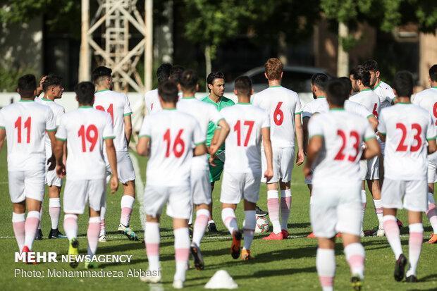 تیم فوتبال امید پر از تضاد است، انتخاب فرهاد مجیدی اشتباه بود