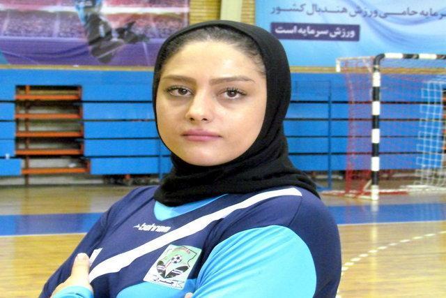 ملی پوش هندبال بانوان: می خواهیم در مسابقات آسیایی به مردم عیدی بدهیم