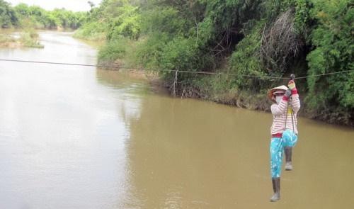 ویتنام؛ کابل بالای رودخانه او را کشت