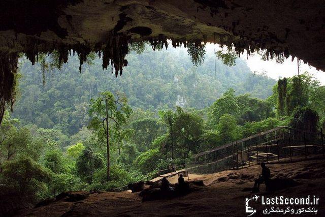 غارهای نیا در مالزی