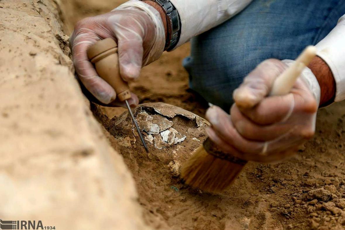 خبرنگاران کاوش باستان شناسی در تپه نادری اصلاندوز شروع می گردد