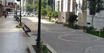 700 کیلومتر از خیابان های تهران فاقد پیاده راه هستند