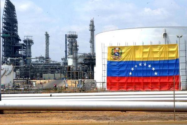 نفت ونزوئلا سقوط کرد