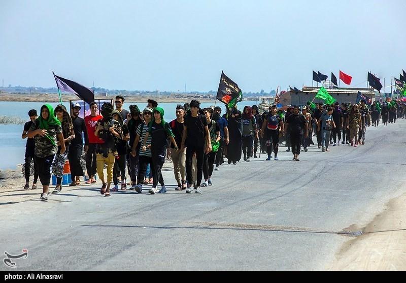 تصاویر اختصاصی خبرنگاران از راهپیمایی عراقی ها در اربعین حسینی(ع)