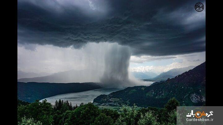 عکس، لحظه ای که سونامی از بهشت بر روی دریاچه اتریش بارید