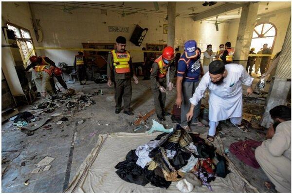 انفجار در مسجدی در پیشاور پاکستان 79 کشته و زخمی برجای گذاشت