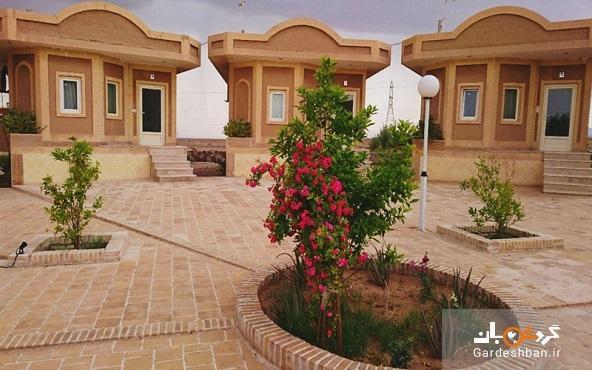 هتل نارنجستان طبس؛ اقامتگاهی سنتی با غذاهای محلی، عکس