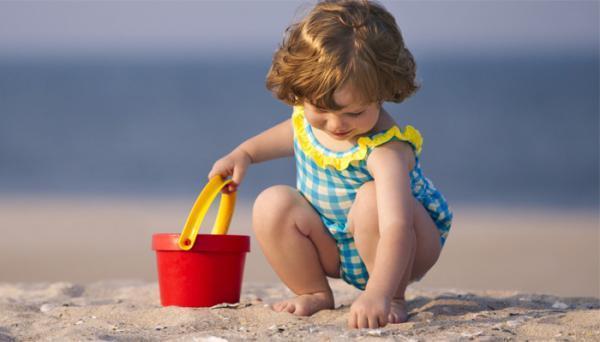 آیا استفاده از ضد آفتاب برای نوزادان و بچه ها مجاز است؟