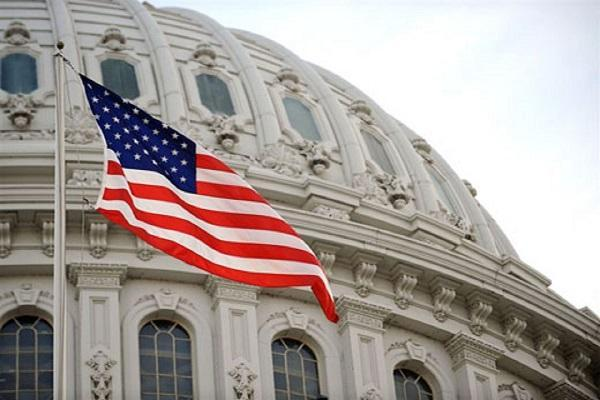 درخواست 10 سناتور آمریکایی برای پیشبرد دیپلماسی با ایران