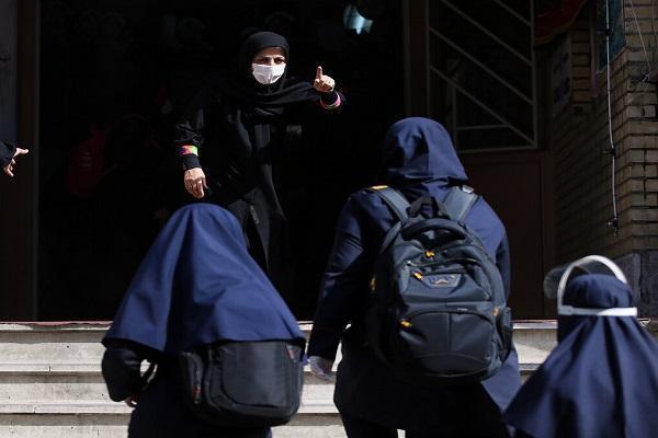 تهرانی ها مسائل مدارس از ثبت نام تا شهریه را اطلاع دهند