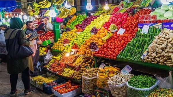 بازار میوه و تره بار اهواز در سایه دلالان می چرخد