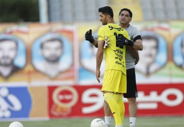 مظاهری با عذرخواهی از مجیدی و بازیکنان به استقلال بازگشت